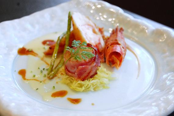 海老と真鯛のポーピエットと帆立のベーコン巻き