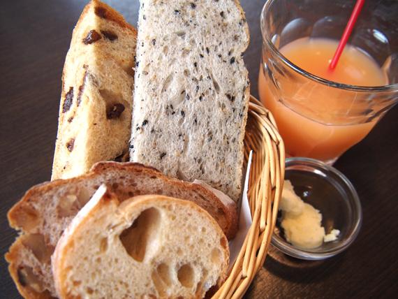 天然酵母100%の自家製パン